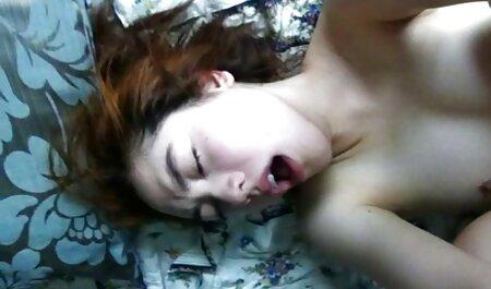 بلوند روسی آلت تناسلی محکم در الاغ خود دارد و عکس های سکسی ایرانیان او را دوست دارد