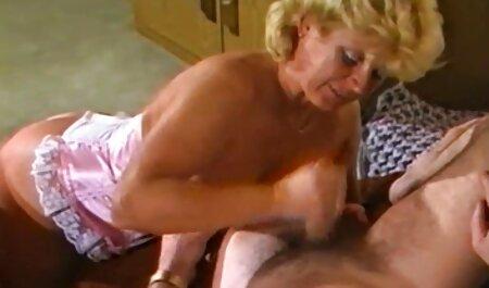 دم عکس سکسیآماتوری سخت مانع انجام یک ورزشکار زیبا از ژیمناستیک صبحگاهی می شود
