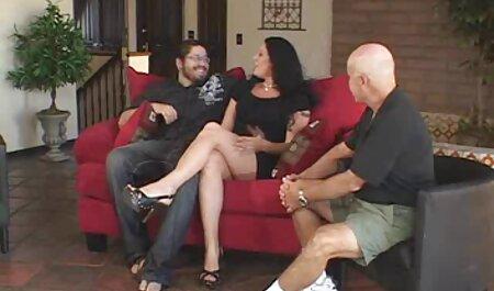 شوهر تماشا می کند که همسرش به سختی فاک می کند عكس سكس از كون
