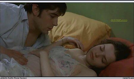 بالغ با عكس كير وكون دختر دوستش خوابید