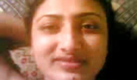 دختری را در دهان گرفت و دوربین را روی گوشی ضبط عكس سكسي عربي کرد