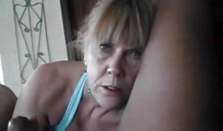 زن در جوراب ساق بلند بعد عکس سکسی خارجی جدید از کار سخت لعنتی