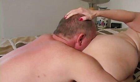 آماتور آماتور 69 را در ماسک و کرست قرار می دهد تصاویر سکسی انجمن لوتی