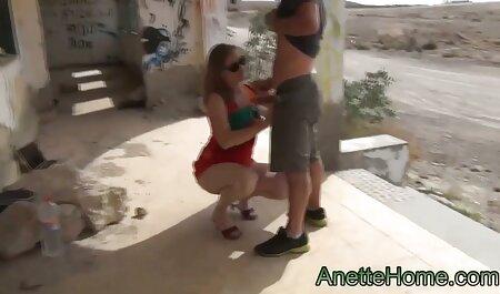 با دشواری ، من عکس فوق سکسی ایرانی یک جوجه را با سوراخ بزرگی در مهبل نزدیک کردم