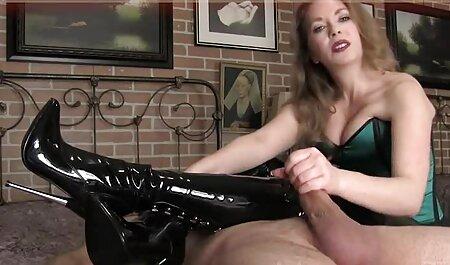 ویبراتور یک دختر تصاویر سکسیایرانی باریک را هیجان زده کرد و او را روی ماساژ کاشت