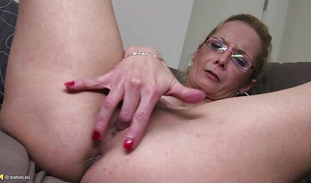 MILF دوست دارد در یک قسمت مقعد داغ لعنتی کند عکس متحرک سکسی خارجی