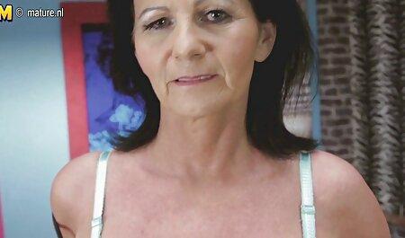 یک زن زیبا می خواهد به درخواست شوهرش به یک عضو عكس و فيلم سكسى برسد
