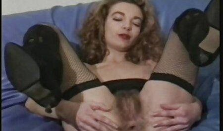 دو لزبین روسی در جوراب ساق بلند با عکس سکسی جدید خارجی یک باند الاستیک فاک می شوند