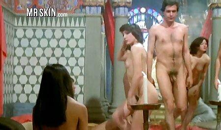 یک بلوند جذاب در عکس زن خارجی سکسی سینه بند با یک کس خاردار تراشیده روی صورت مرد نشسته بود
