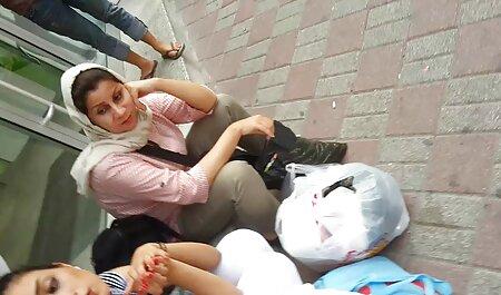 او یک آلت تناسلی لاستیکی را عکس های سکسی ایرانیان بر روی رئیس قرار داد و با یک پیچ واقعی به MILF زد