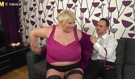 شلوسر نتوانست در برابر عكس كير وكون استکبار یک زن بالغ روسی در جوراب ساق بلند مقاومت کند