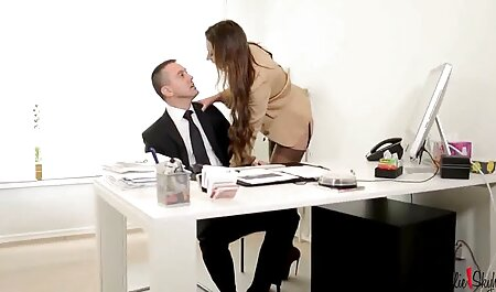 بلوند شهوت انگیز را در عکس سکسی خارجی ها جوراب های سفید fucks می کند