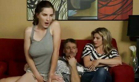 زن سبک سکس خارجی تصاویر و جلف در جوراب ساق بلند نشان می دهد بیدمشک و مشت مقعد او در خصوصی